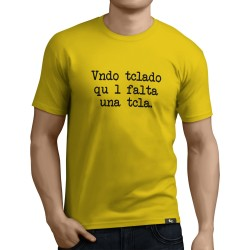 Camiseta vendo teclado